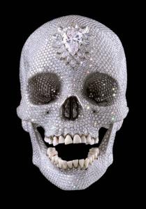 74366682HO003_skull