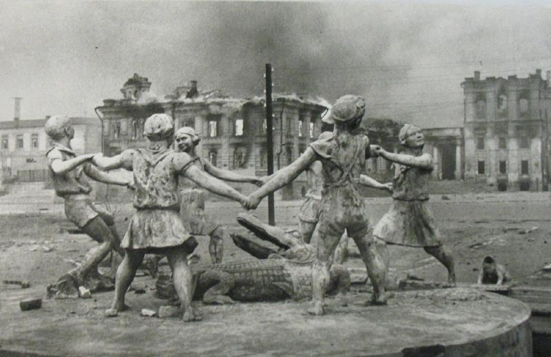 "CU Art Museum Sends ""Through Soviet Jewish Eyes"" To New York from adobeairstream.com (1/6)"